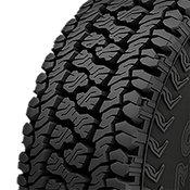 Kumho Road Venture AT51 315/70R17 Tire Tread